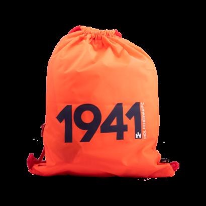 """adidas tornazsák """"1941"""" felirattal"""